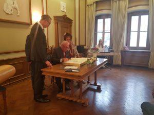 Horst Pausch erhält Goldene Bürgermedaille