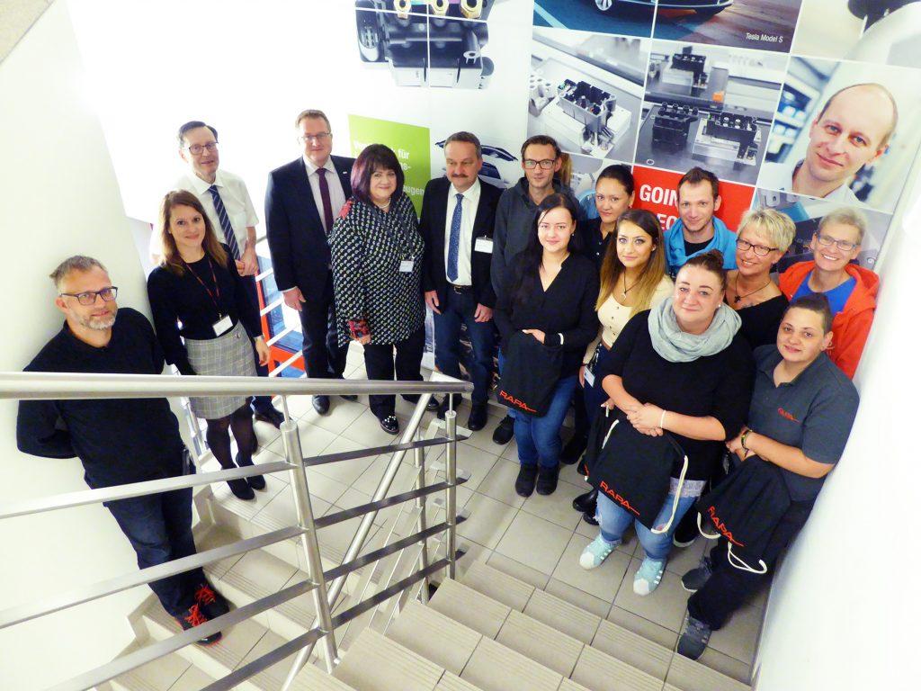 Für die Zukunft gewappnet: RAPA startet Qualifizierungsprojekt für Montagemitarbeiter