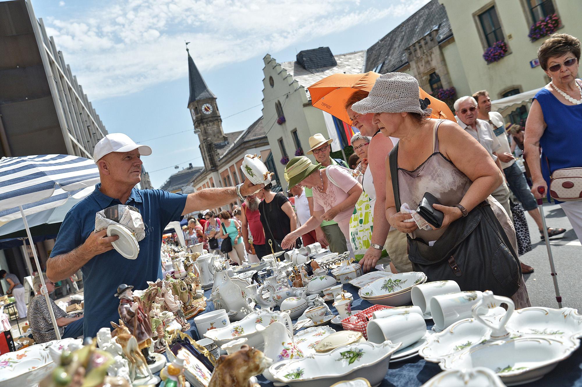 Größter Porzellanflohmarkt Europas